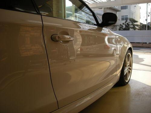 BMW135i完成映り込み130223.JPG